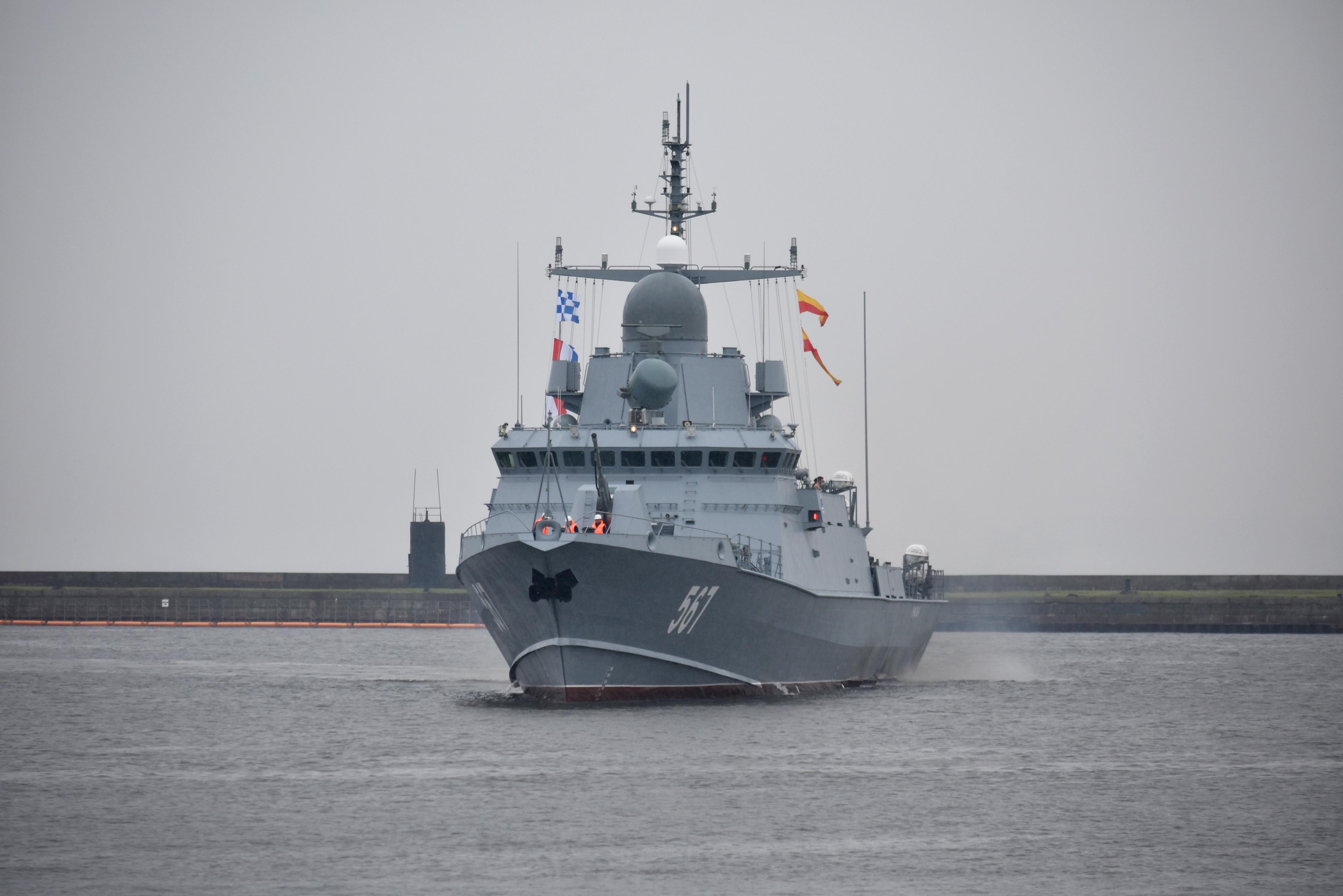 "Project 22800: ""Karakurt"" class missile ship - Page 20 27-6513497-dsc-0106"