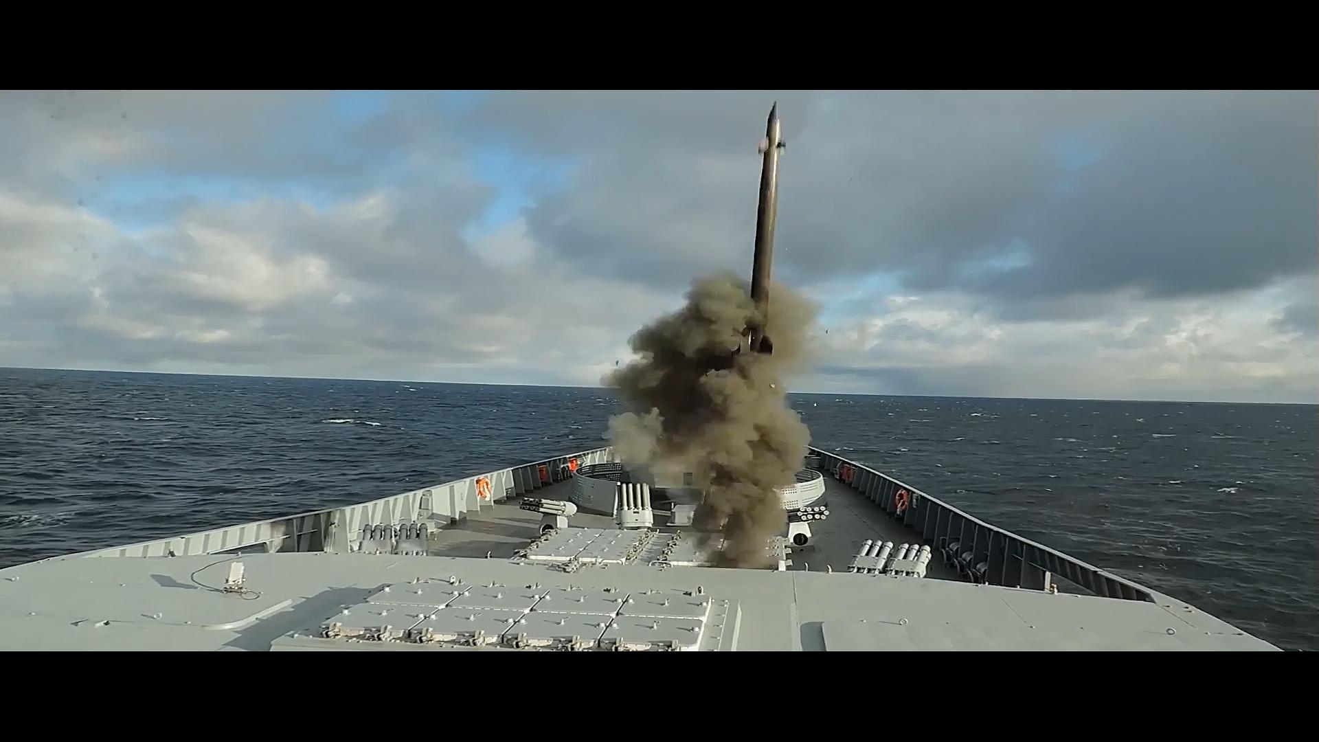Project 22350: Admiral Sergei Gorshkov #2 - Page 4 23-6795301-strelba-pr-22350
