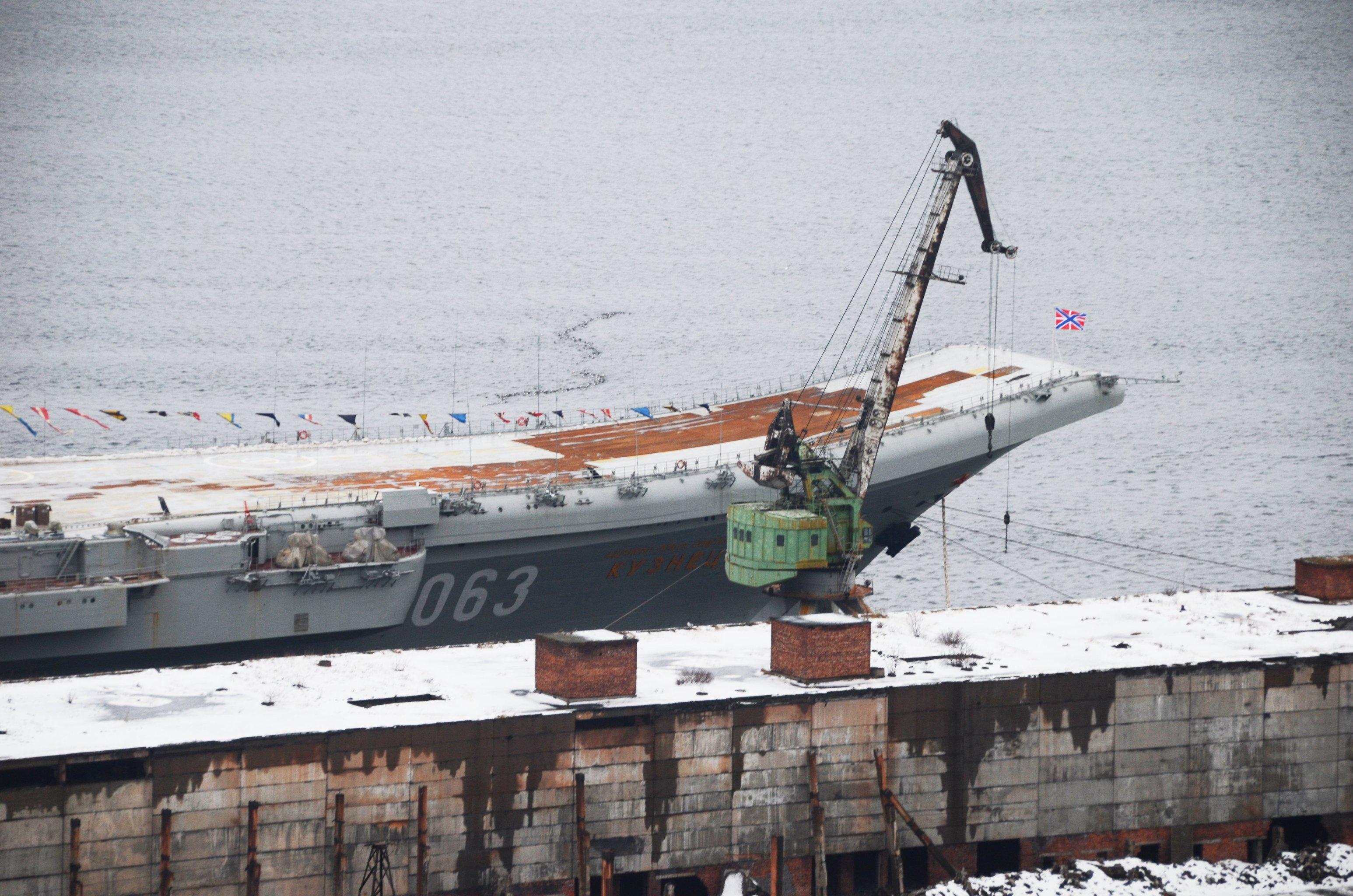 Aircraft Carrier Admiral Kuznetsov: News #2 - Page 10 13-6866573-1532672163