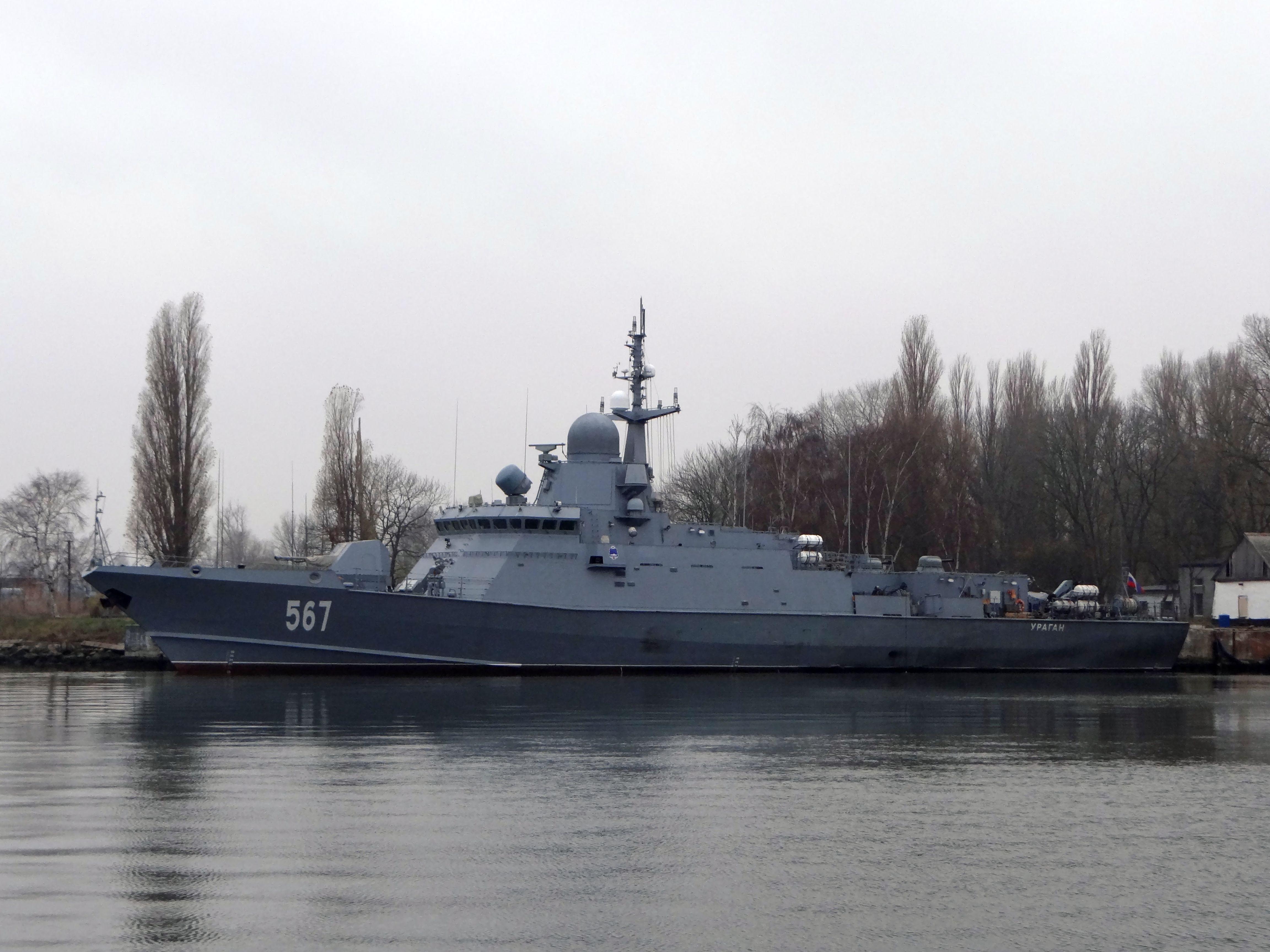 "Project 22800: ""Karakurt"" class missile ship - Page 25 27-6910385-dsc03951"