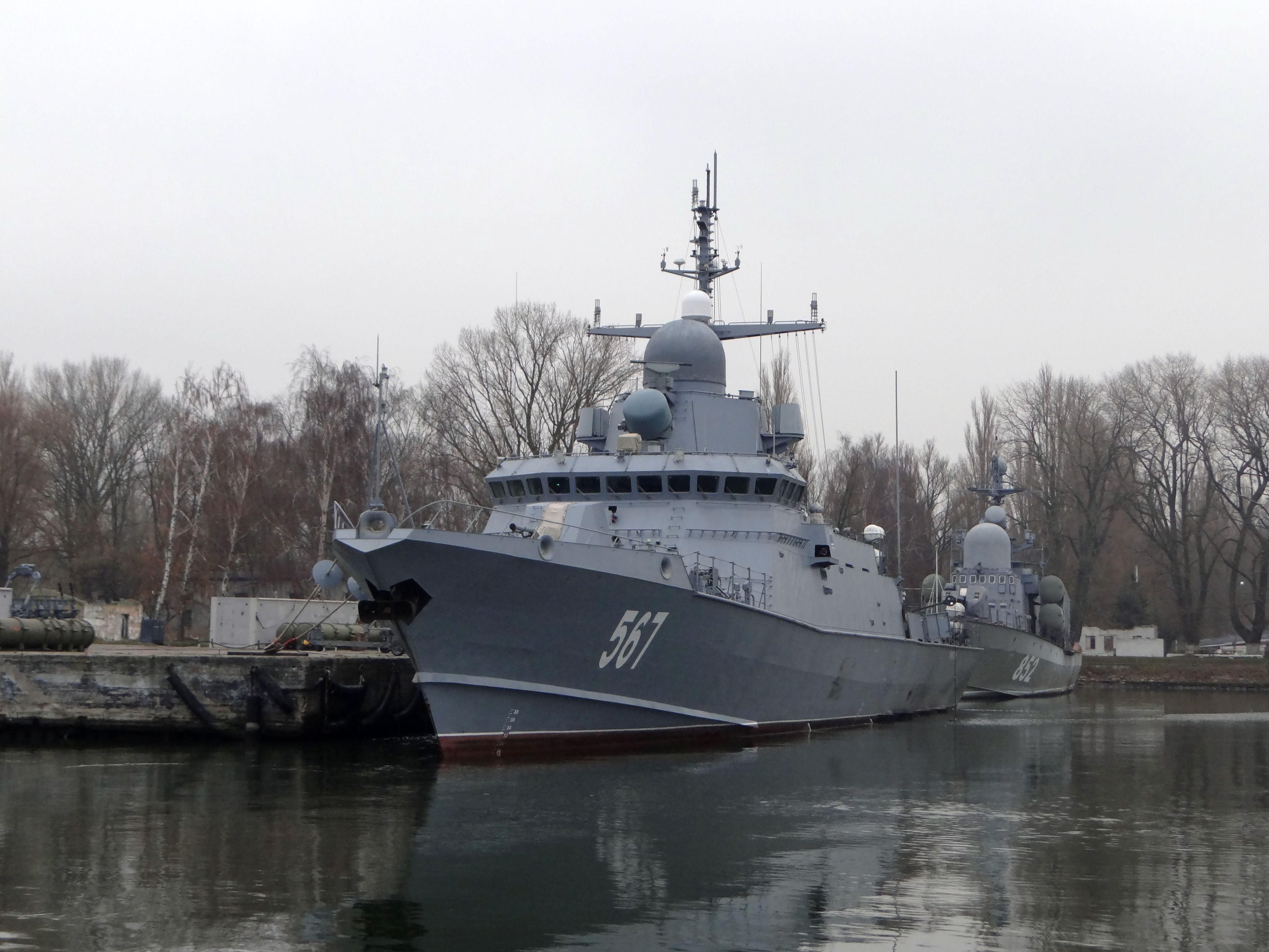 "Project 22800: ""Karakurt"" class missile ship - Page 25 27-6910397-dsc03954"